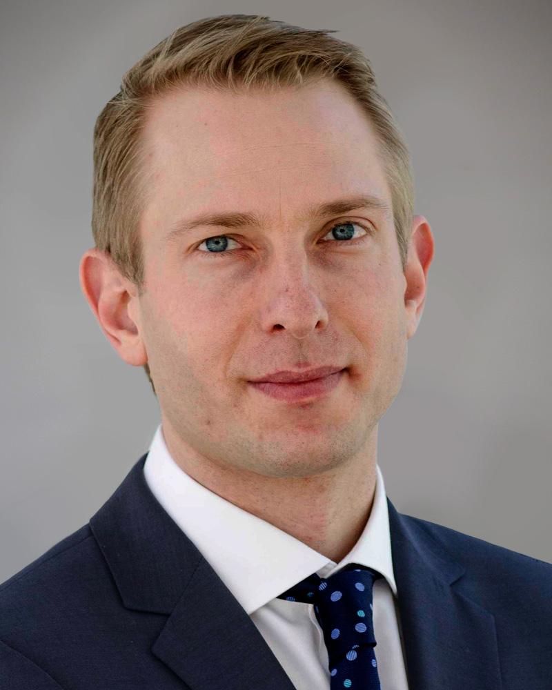 Dr Kris Siemionow, MD